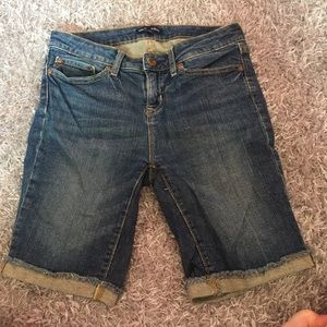 Gap Audrey high waisted shorts